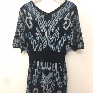 Escrava Printed Sweater Dress with Dolman Sleeves